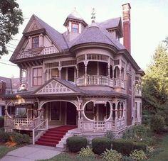 Victorian House | tsū