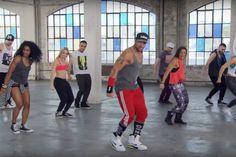 Cize: o treino de dança mais buscado no Google em 2016 Zumba Fitness, Health Fitness, Shaun T Cize, Cize Dance Workout, Yoga, Personal Trainer, Workout Videos, Crossfit, Cardio