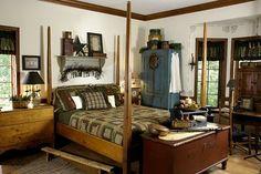 primitive country decorating homes Primitive Country Bedrooms, Primitive Bathrooms, Primitive Homes, Country Primitive, Farmhouse Bedrooms, Bedroom Country, Antique Bedrooms, Americana Bedroom, Country Farmhouse