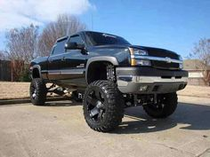 Lifted Chevy it's my kinda truck! Custom Chevy Trucks, Lifted Chevy Trucks, Hot Rod Trucks, Chevrolet Trucks, Diesel Trucks, Cool Trucks, Pickup Trucks, Chevy Duramax, Monster Trucks