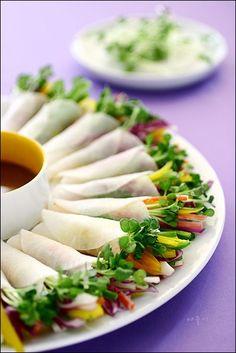 Tasty, Yummy Food, Korean Food, Food Plating, Fresh Rolls, Bento, Recipies, Appetizers, Food And Drink
