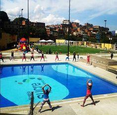 ¡Bailoterapia en nuestro polideportivo Mesuca!