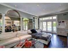 Katherine Heigl U0026 Josh Kelley Los Feliz Home Living Room