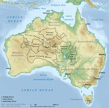 Natural features of Australia. Deserts of Australia. Ben has already posted a map showing the deserts of Australia, but I also like this one! Australia Map, Western Australia, Alice Springs Australia, Desert Map, Australian Desert, Dungeon Maps, Short Waves, Sea And Ocean, Vacation Places