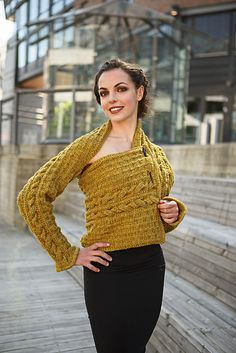 Ravelry: Shawl Sleeves pattern by Linda Marveng Above it is gorgeously worn by…