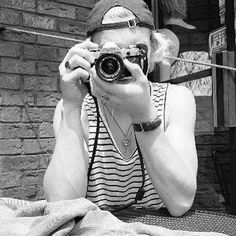 Look at his muscles  even in black and white he's gorgoues !!! #rosslynch #laurarano #auslly #raura #rossandlaura #disney #disneychannel #r5