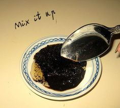 """cofee scrub to help reduce cellulite, etc.  mix leftover coffee grounds (after brewing) with honey and apply! Easy peasy <3 Can also be applied to face.....Honey is a natural anti-inflammatory and purifying agent. It both moisturizes and softens the skin, and in this case, it also functions as a good """"glue"""" for the mixture. Coffee, too, does a number of things for the skin. When applied topically, the caffeine and antioxidants work to tighten and energize skin while also promoting…"""