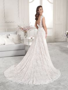 Wedding Dress Photos - Find the perfect wedding dress pictures and wedding gown photos at WeddingWire. Browse through thousands of photos of wedding dresses. Western Wedding Dresses, Wedding Dresses Photos, Classic Wedding Dress, Gorgeous Wedding Dress, Wedding Dress Styles, A Line Bridal Gowns, Bridal Dresses, Wedding Dress Sleeves, Dress Picture