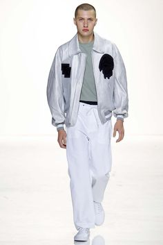 Tim Coppens Spring 2016 Menswear Fashion Show
