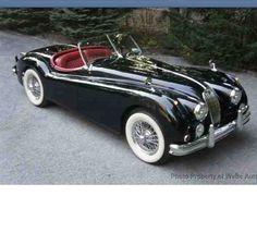 1956 Jaguar Roadster- soo classic & elegant!
