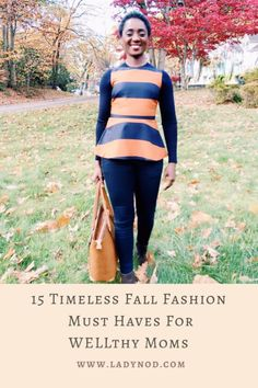 Fall reminds me to let go of the summer feels and dive into my closet for 15 timeless Fall fashion must haves for WELLthy Moms like myself. Basic Outfits, Fall Outfits, Mom Style Fall, Spring Fashion, Winter Fashion, Wife Mom Boss, Turtleneck T Shirt, Effortless Chic, Casual Chic Style