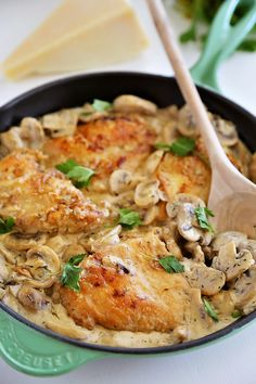 Creamy Chicken and Mushroom Skillet - Delicious chicken dinner in a mushroom cream sauce, made easily in one skillet. Serve with pasta and salad!