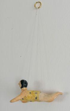 Badenixe Schwimmerin Keramikfigur Homedeko