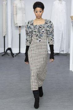 Chanel Fall 2016 Couture Fashion Show - Lineisy Montero (Next)