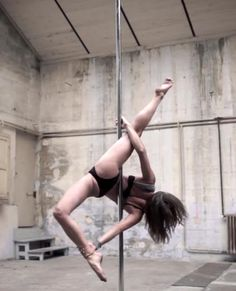Pole Dancer Karo Swen Newest Video Will Leave You With Your Jaw Dropped & Drool On Your Face! – College Dose - Your Daily Dose of College Life