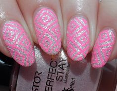 Textured Stamping mit Born Pretty Store BP-L04 und Mundo de Unas Orchid