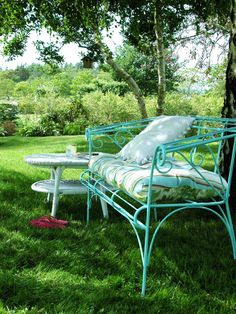 tiffany blue bench in the garden :)