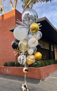 World's Best Bouquets — World's Best Balloons Graduation Balloons, Graduation Party Decor, Birthday Balloons, 30th Birthday Themes, 22nd Birthday, Birthday Parties, Balloon Bouquet, Balloon Arch, Baby Shower Bouquet