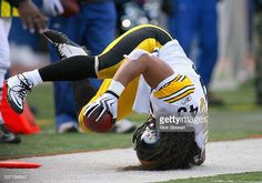 Troy Polamalu of the Pittsburgh Steelers rolls out of bounds after intercepting a pass against the Buffalo Bills at Ralph Wilson Stadium at Ralph Wilson Stadium on November 2010 in Orchard Park,. Get premium, high resolution news photos at Getty Images Pittsburgh Steelers Football, Go Steelers, Ralph Wilson Stadium, Troy Polamalu, Football Fever, Steeler Nation, Home Team, Buffalo Bills, National Football League