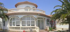 Poolvilla Margarita Villa, Margarita, Mansions, House Styles, Home Decor, Winter Garden, Sevilla Spain, Cottage House, Pets