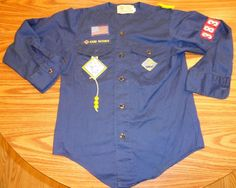 Boy Scouts of America BSA Cub Scout LS Collarless Shirt Youth M w/Neckerchief