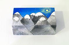 Housewarming gift Hand painted jewelry box - trinket box - jewelry storage - jewelry organizer - hand painted box - memory box - sewing box