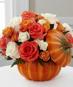 The FTD® Bountiful™ Rose Bouquet is the perfect offering to send throughout the fall season, expressing warmth and gratitude at every turn. Thanksgiving Flowers, Christmas Flowers, Thanksgiving Table, Send Flowers Online, Halloween Flowers, Rose Orange, Fall Flower Arrangements, Online Florist, Same Day Flower Delivery
