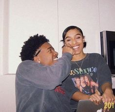 relationships ideas,relationships advice,relationships goals,relationships tips Couple Goals Relationships, Relationship Goals Pictures, Couple Relationship, Marriage Goals, Black Couples Goals, Cute Couples Goals, Boyfriend Goals, Future Boyfriend, Boyfriend Pictures