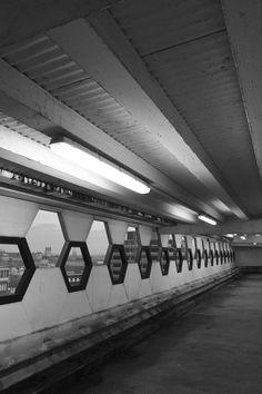 Vibrant Photos Of International Subways Capture Their - Vibrant photos of international subways capture their unappreciated beauty