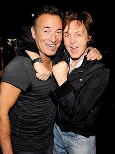 Bruce Springsteen and Paul McCartney not looking bad for two guys in their 60s...so much for that rock n' roll lifestyle eh!