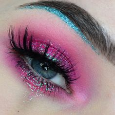 Hot Pink Eyeshadow With Turquoise Glitter