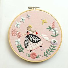 """1,081 Me gusta, 8 comentarios - Embroidery Addict (@embroideryaddict) en Instagram: """"Posted by @handmade.embroidery DoubleTap & Tag a Friend Below⤵ ️ ️ :@annastwutea ️ ️…"""""""