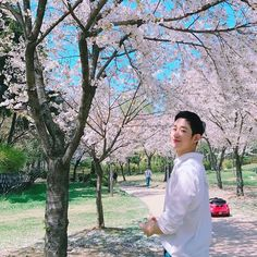 Khottie of the Week: Jung Hae In Asian Celebrities, Asian Actors, Korean Actors, Korean Idols, Korean Dramas, Korean Men, Celebs, Grey's Anatomy, Ji Chang Wook