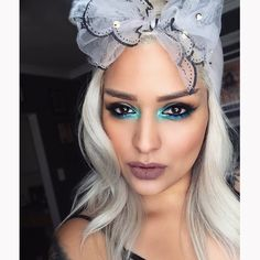 Hola!!! @sugarpill click bait(innercorner), & hug life pigments on eyes @meltcosmetics AMELIE shadow as blush!!! Oohlala ☺️☀️