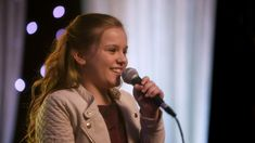 "Maisy Stella (Daphne) and Will Chase (Luke) Sing ""Have a Little Faith in..."