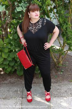 Hülle & Fülle Plus Size Fashion Blog: Jumpsuit Party Look, party dress, OOTN, Black & Red