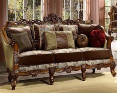 Traditional Sofas – check various designs and colors of Traditional Sofas on Pretty Home. Also checkSofas And Loveseats http://www.prettyhome.org/traditional-sofas/