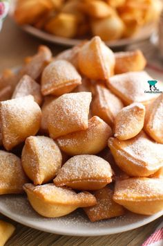 Chrupiące poduszeczki - My WordPress Website Fruit Recipes, Cake Recipes, Snack Recipes, Cooking Recipes, Weird Food, Happy Foods, Beignets, Sweet Cakes, Food Cakes