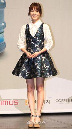 정유미, '화사한 봄의 여신이 왔어요~' ,spring,시사회,dress,codi,smile