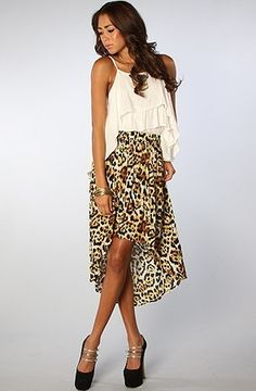 Motel The Sophie Hi-Lo Skirt,Extra Small,Natural Leopard Motel. $27.95. Save 65%!