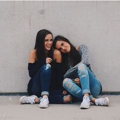 Bff Pictures - Fushion News Bff Pics, Photos Bff, Cute Friend Pictures, Friend Photos, Family Pictures, Friend Picture Poses, Friend Poses Photography, Photography Poses Women, Children Photography