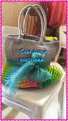 Macrame, twine, purse, bag, hand crafted.