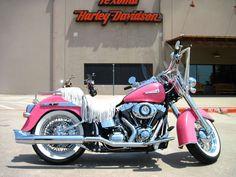 Harley-Davidson 2012 FLSTN Softail� Deluxe