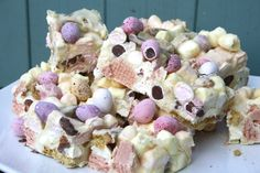 Baking Recipes, Dessert Recipes, Baking Ideas, Cake Recipes, Egg Recipes, Brownies, Mini Eggs, Easter Treats, Easter Cake