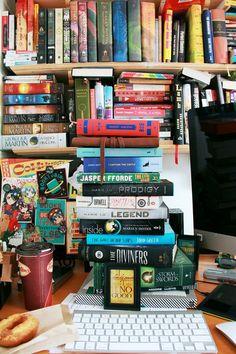 Os verdadeiros analfabetos são os que aprenderam a ler e não lêem - #livros #marioquintana #books