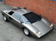 If you smash my DeLorean and can't replace it, this would be compensation - The 1977 Lamborghini LP400 Countach, in Silver (lol).