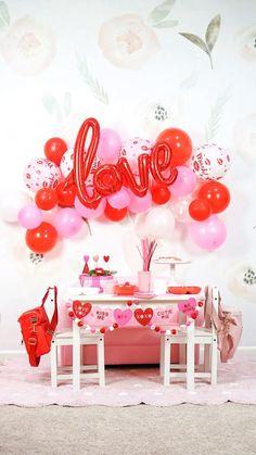 Valentines Day Activities, Valentines Day Party, Valentine Crafts, Love Balloon, Balloon Arch, Balloons, Valentine Decorations, Balloon Decorations, Romantic Decorations