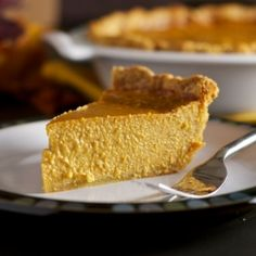 Super Pumpkiny Pumpkin Pie - Oh so creamy, and perfect for Thanksgiving.