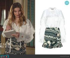Alexis's white ruffled blouse and print mini skirt on Schitts Creek Fashion Tv, Fashion Outfits, Boho Chic, White Ruffle Blouse, Little Bit, Schitts Creek, Aesthetic Fashion, Cool Outfits, Mini Skirts