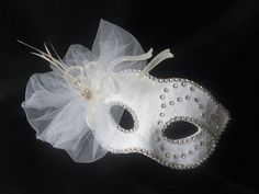 White Bridal Masquerade Mask, Masquerade Mask With White Tulle,Feathers